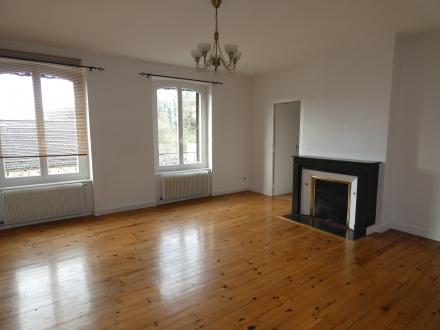 Location Appartement 4 pièces Thiers (63300) - THIERS CENTRE